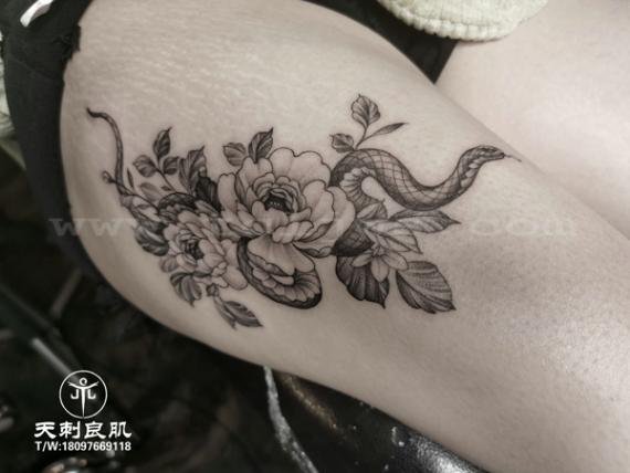 点刺花纹身点刺蛇纹身